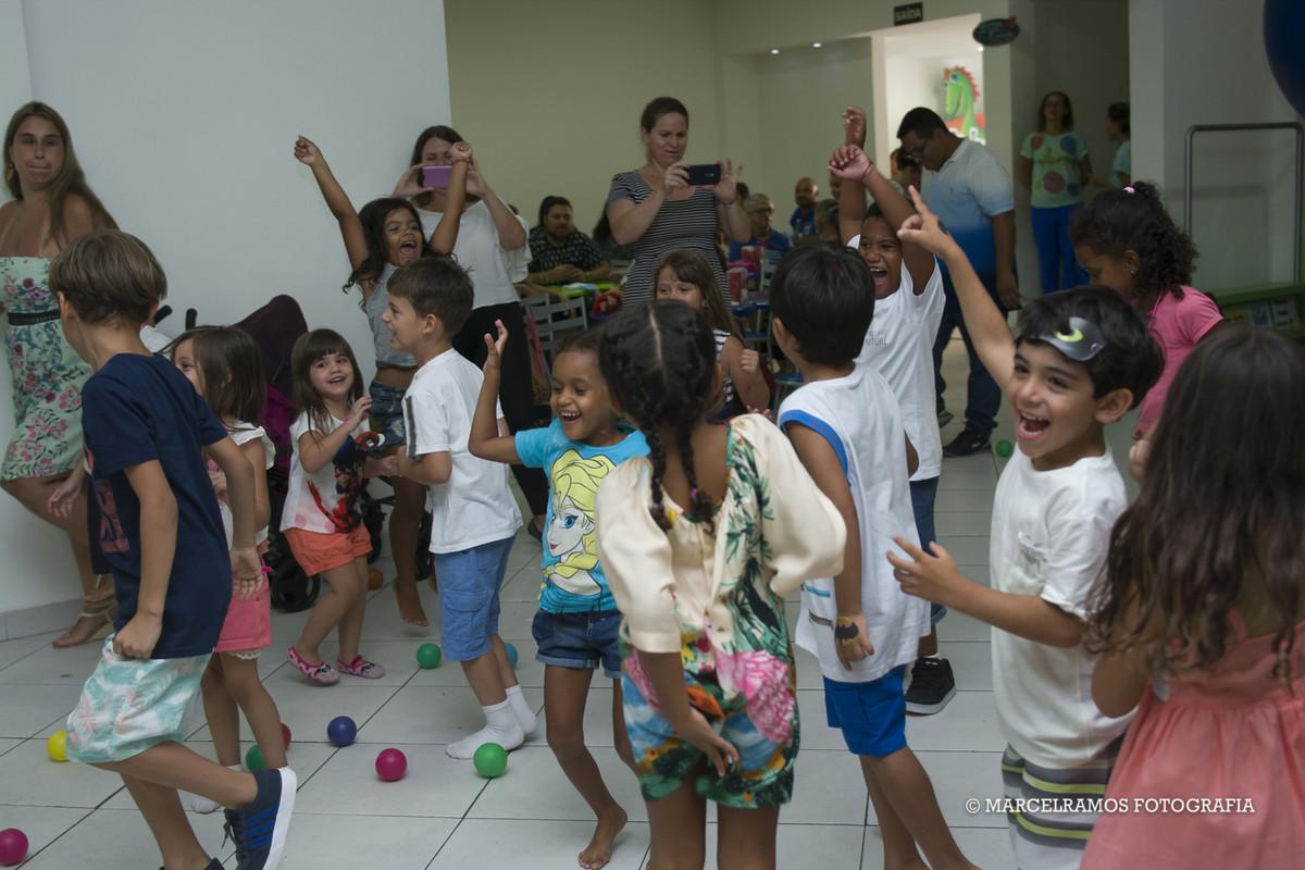 brincadeira de festa infantil em jacarepaguá  01