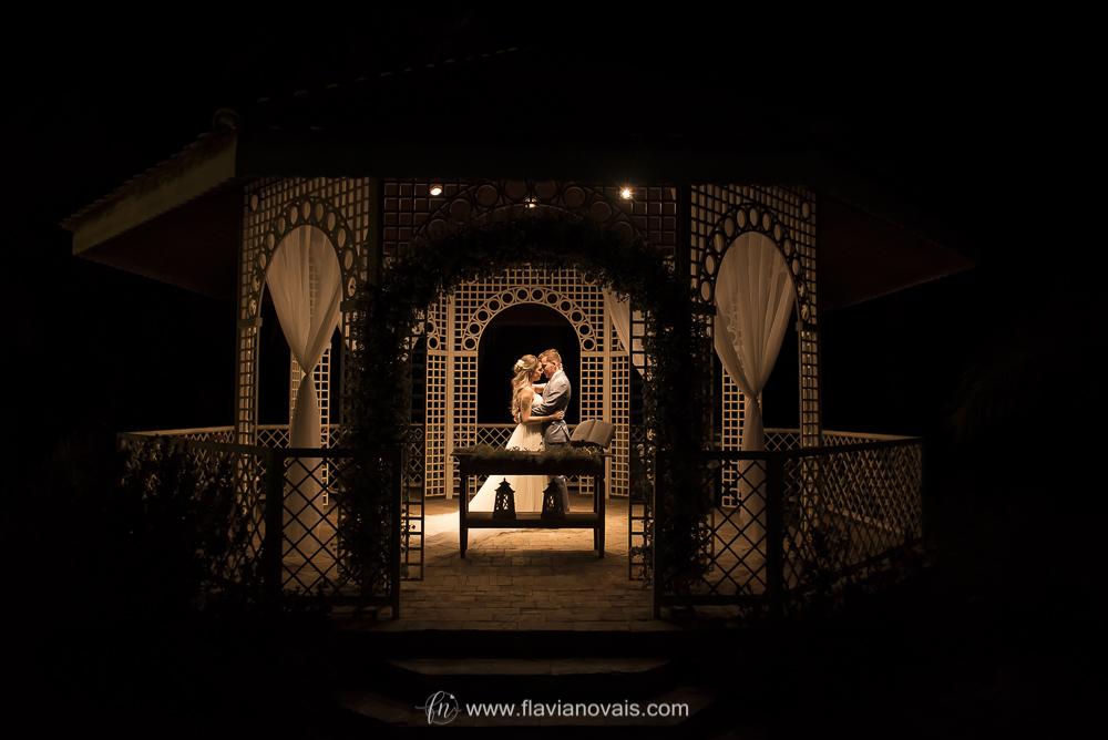 Contate Flávia Novais, Fotógrafa de casamento, aniversários, eventos em geral. Fotografia de família, crianças, casais.  Flávia Novais Jales-SP
