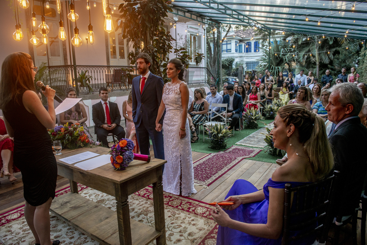Imagem capa - Quarentena no Covid - 19! Dicas para adiar a data do seu casamento sem grandes impactos! por Nossa Casa Estúdio Fotografia de Casamento Rio de Janeiro
