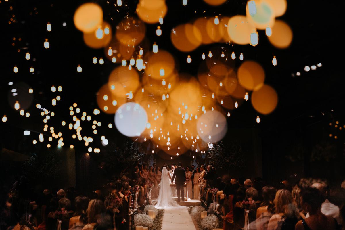 Imagem capa - Luzes que refletem o amor - Evelyn & Ronaldo por Felipe Figueira - Fotógrafo de Casamentos e Ensaios em Santos/SP