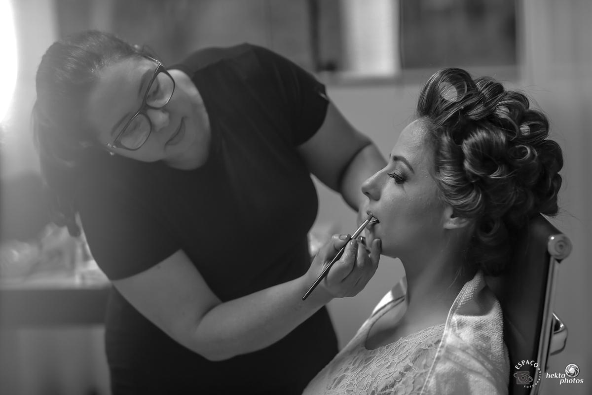 detalhe da maquiagem da noiva para o casamento