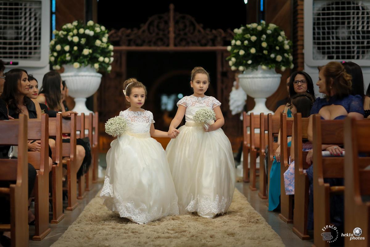 Entrada das damas na igreja sao leopoldo fotografia helio junior goiania