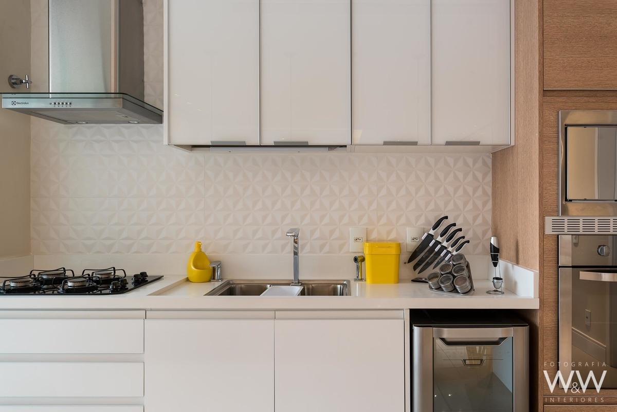 Imagem capa - Cozinha  com conceito aberto por Erika waldmann
