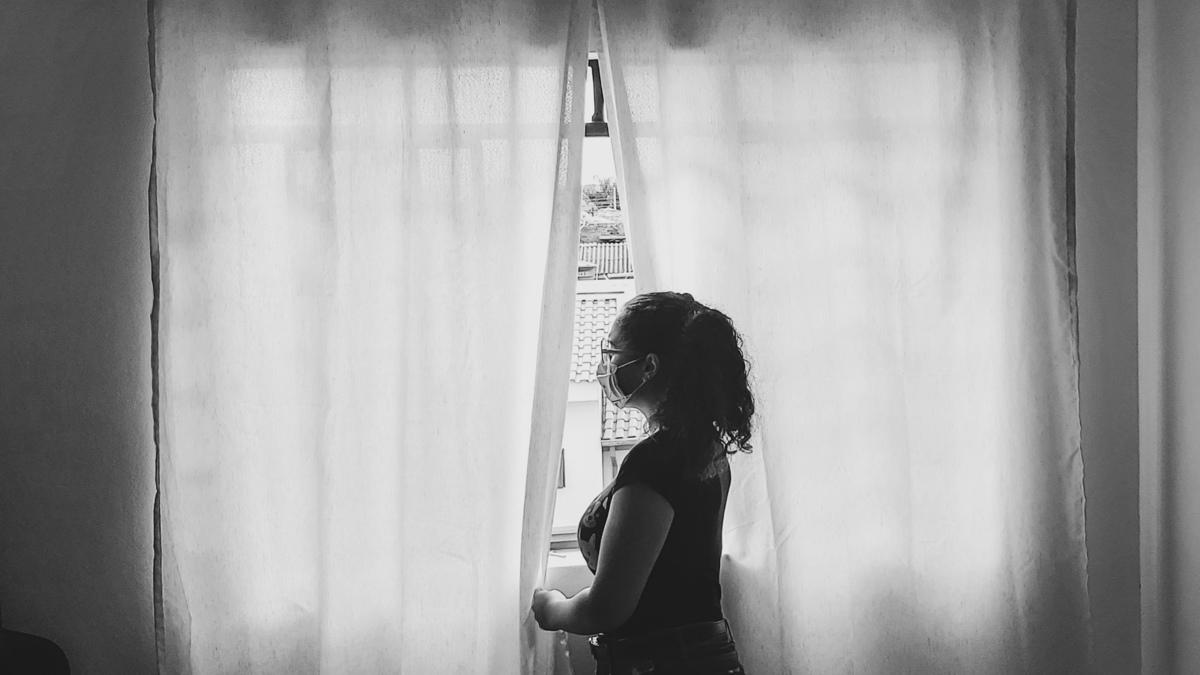 Imagem capa - Nunca estivemos tão sós e ao mesmo tempo tão unidos. Em tempos de crise, nunca fomos tão unidade mesmo estando separados. por Charline Caldas Photography