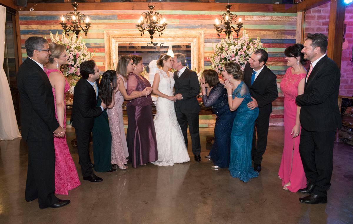 OHHHHH Fotografia de casamento da Verônica e Roberto - Fotografias de casamento em Alphaville SP - No Armazém 465
