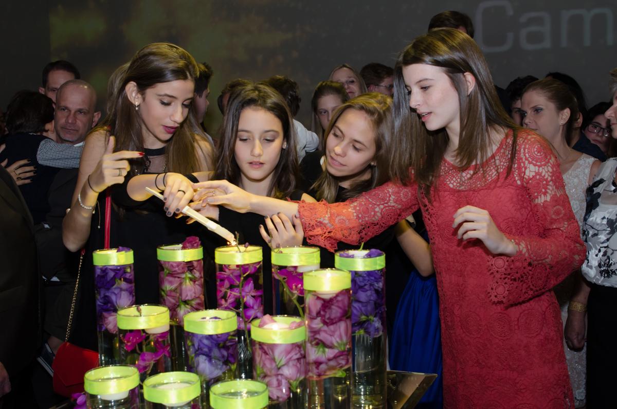 Fotografia da Camila e seu Bat Mitzvah feitas pela Geniphoto em SP