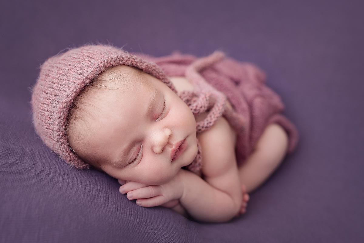 Imagem capa - Ensaio Newborn | Como funciona o ensaio por Deborah Demétrio Fotografia