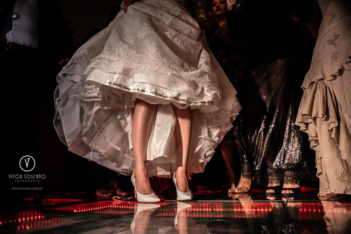 Imagem capa - O Sapato por Vítor Toscano