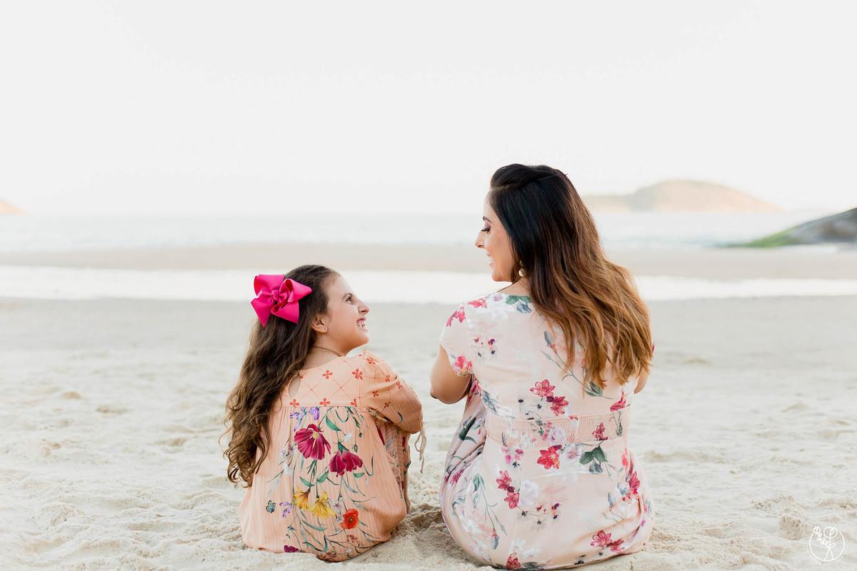 Imagem capa - Isabela e Juliana por Bia Alves
