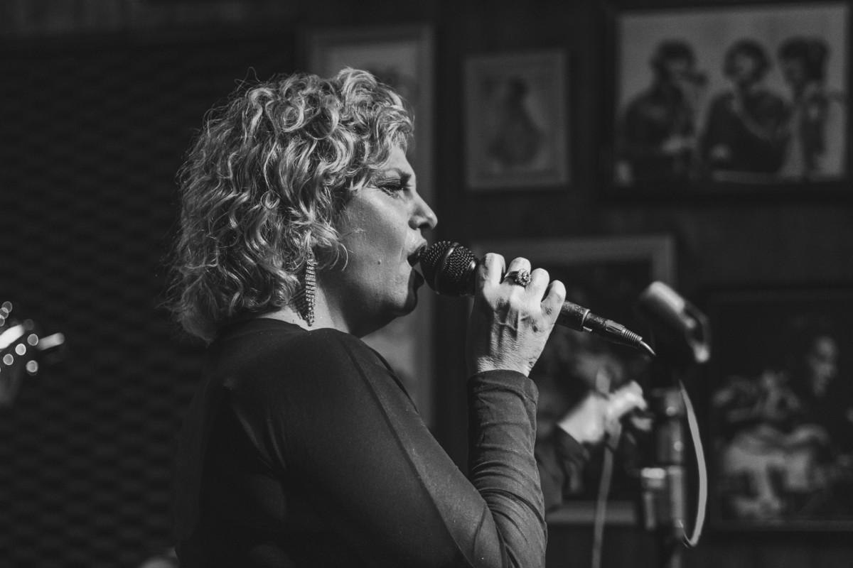 Imagem capa - Live Music Black&White - Lightroom Preset por Bruna Mereu dos Santos