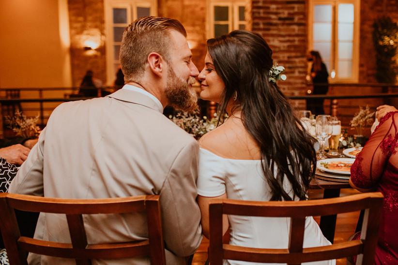 Imagem capa - 12 Dicas para Organizar seu Mini Wedding por CRIATIVUS Foto e Vídeo