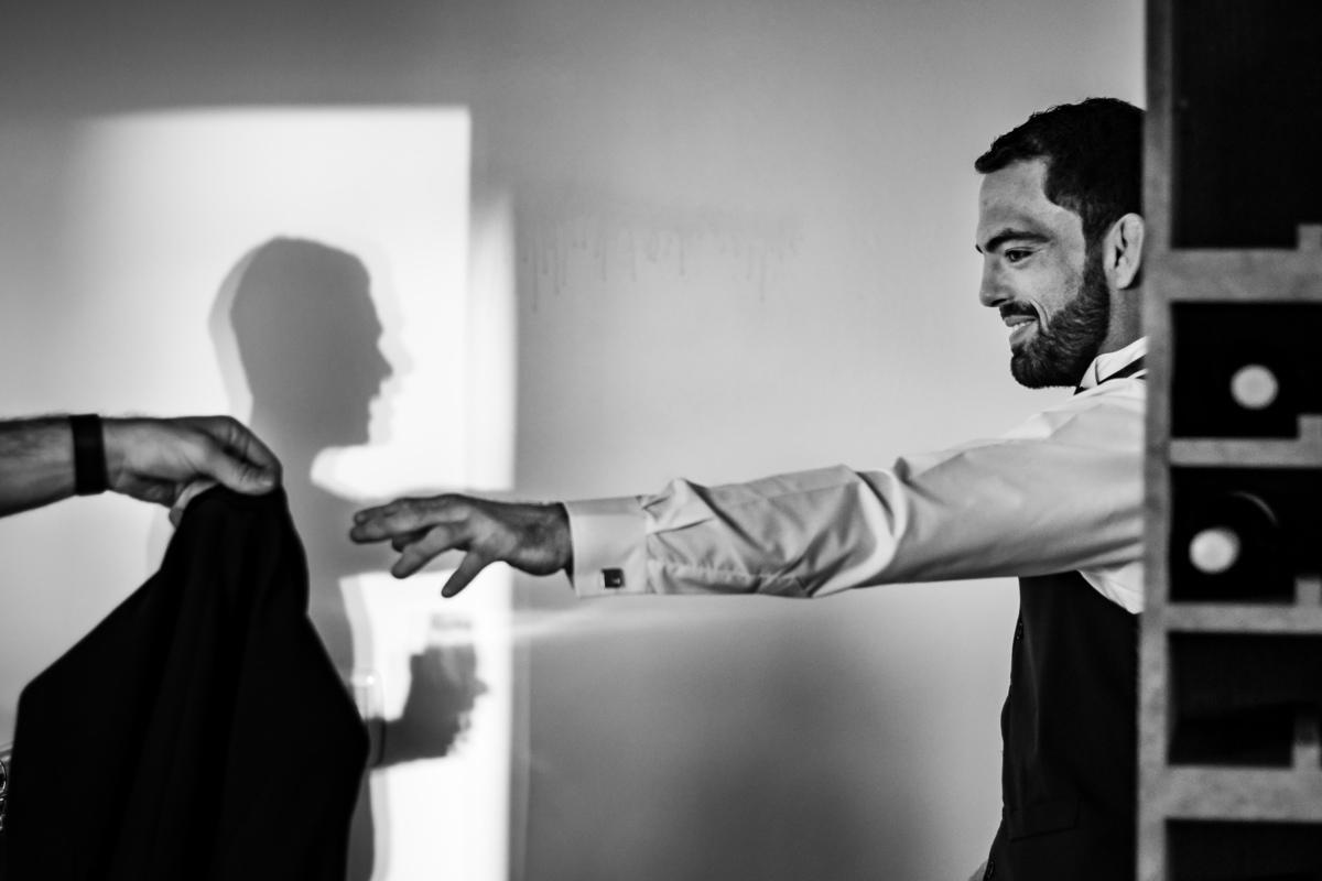 Imagem capa - O noivo precisa de fotos no making of do casamento? por Diogo Sallaberry