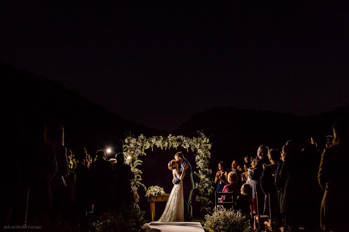 Imagem capa - 10 dicas para economizar no casamento dos seus sonhos! por Eduardo de Moraes Oliveira