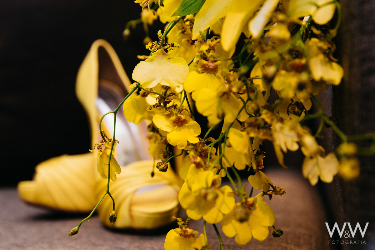 making of noiva hotel blue tree sp amarelo bouquet sapato