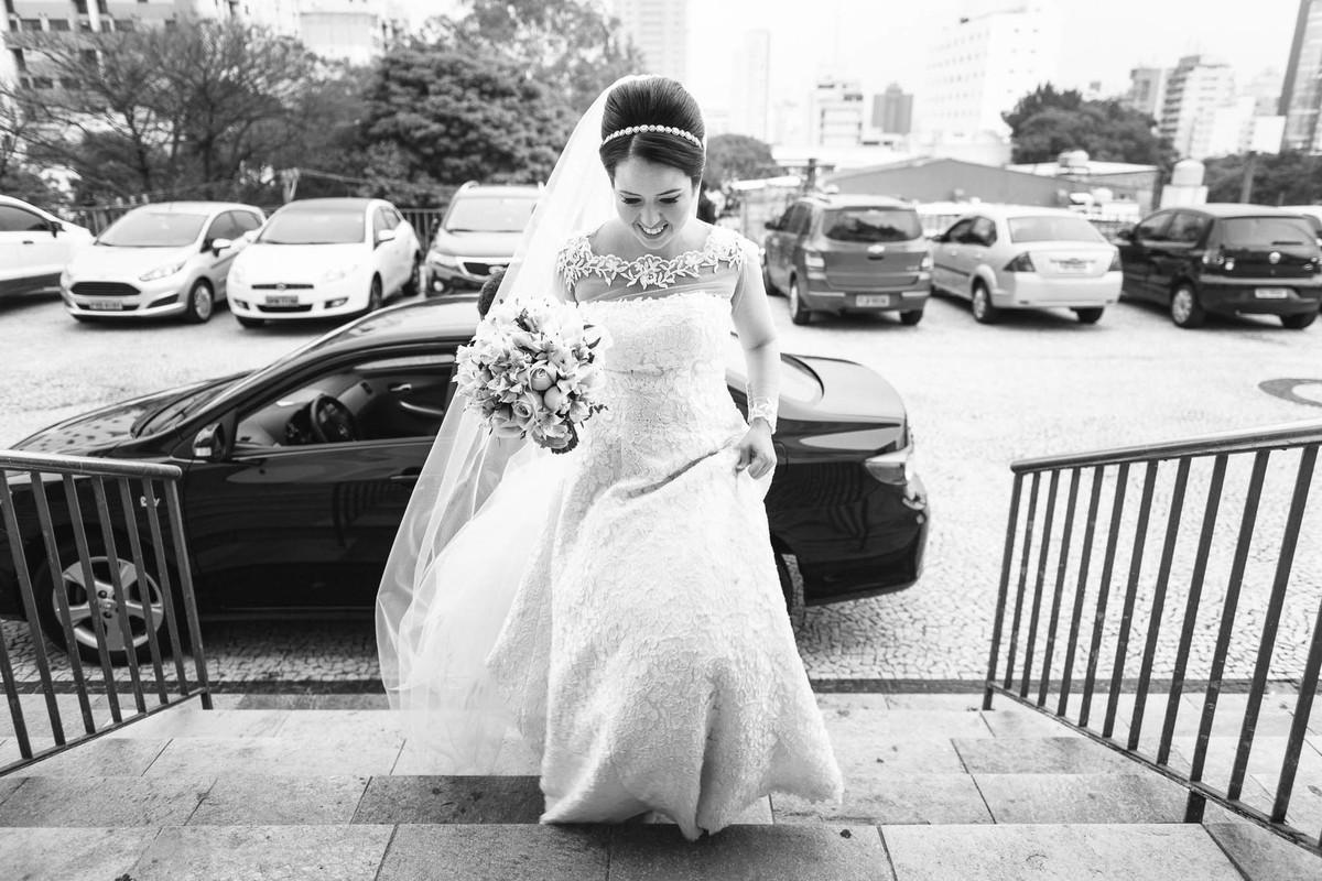 fotografia chegada noiva igreja calvario são paulo casamento wewfotografia