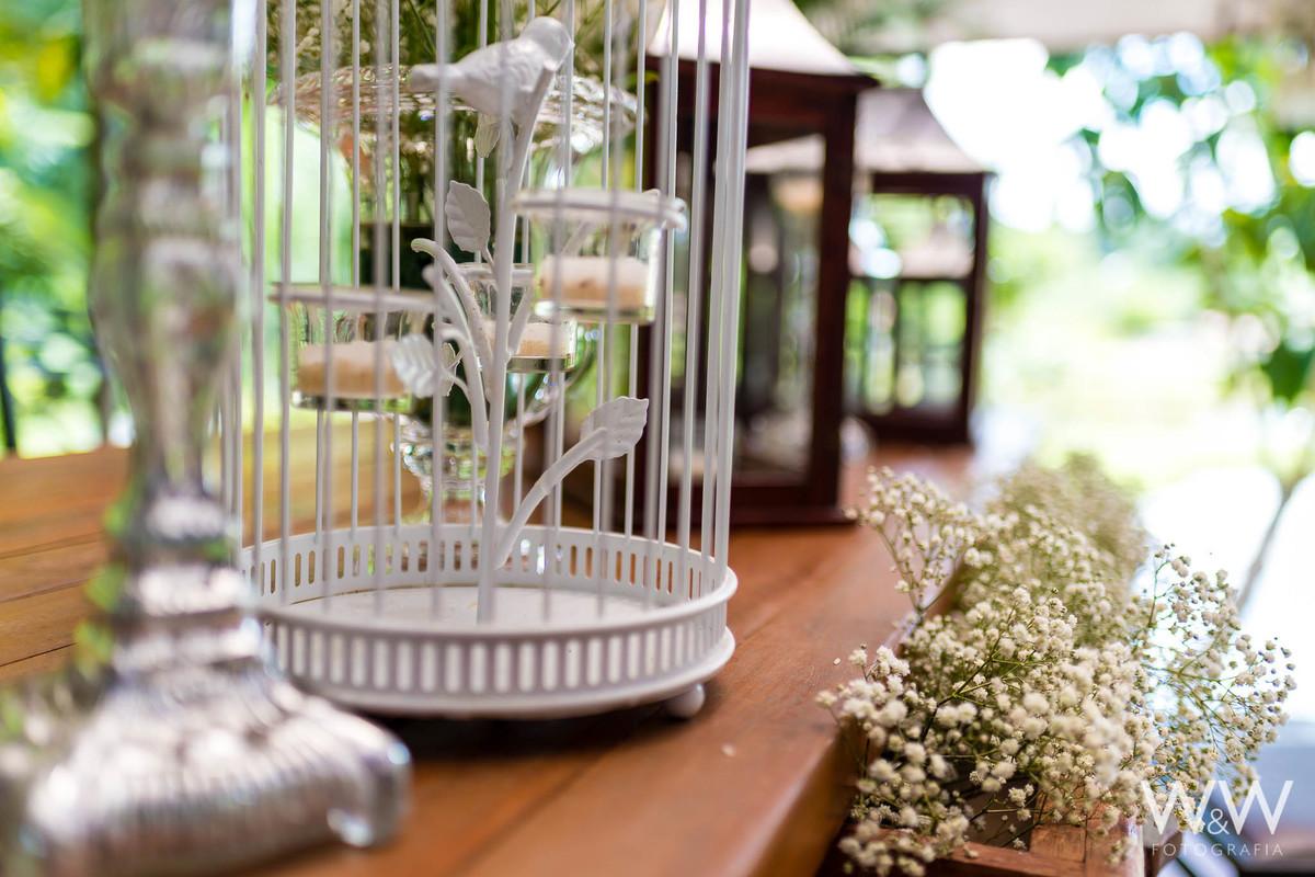 casamento arujá flores mosquitinho gaiolas decoração