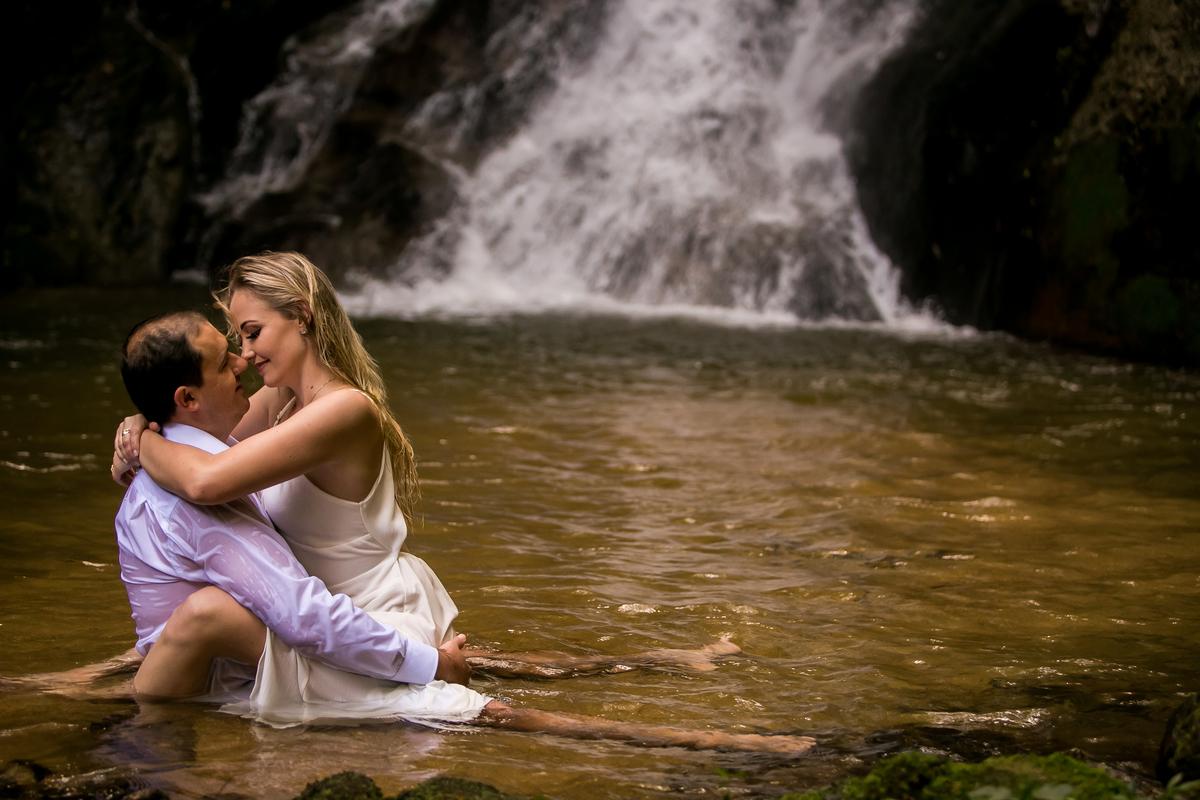 Imagem capa - Voce Vai Fazer Seu Ensaio Pré Casamento Com a Gente !   por Marcello Passos