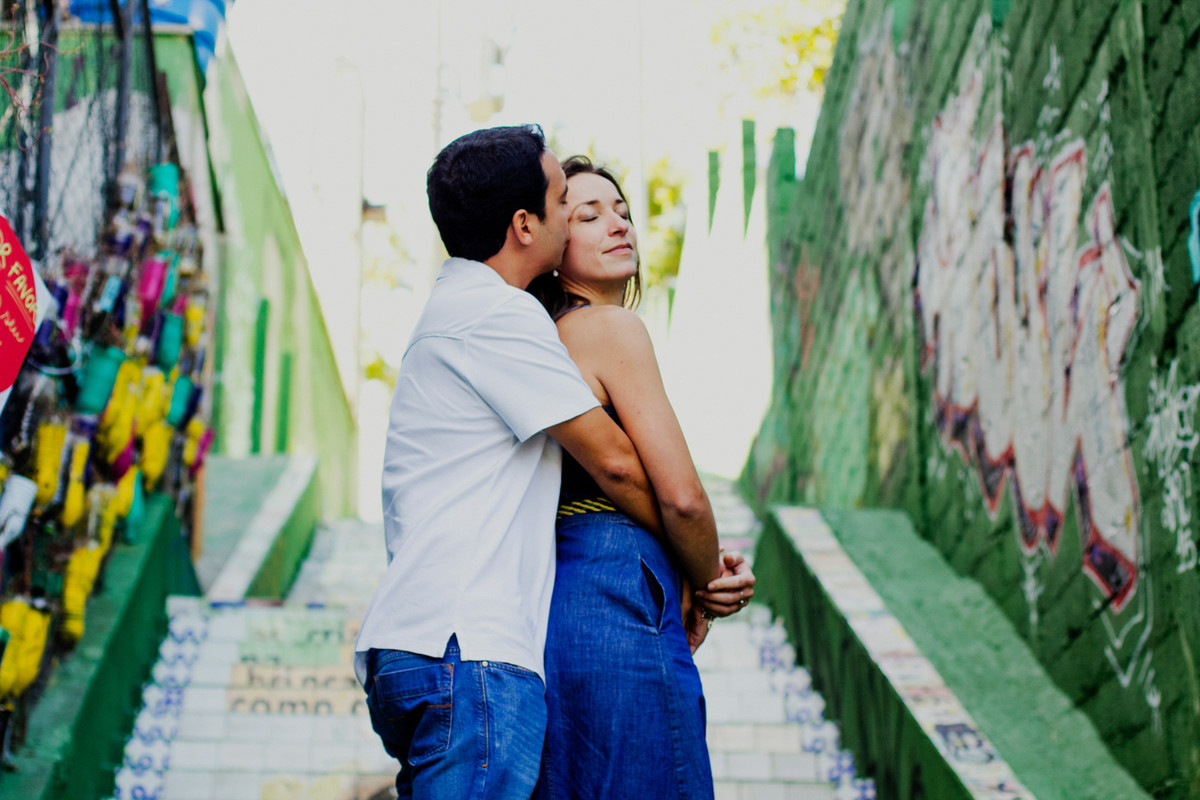 O PRE CASAMENTO DA VIRGINIE E FABIO FOI FEITO EM SAO PAULO FICOU LINDO O ENSAIO A FOTOGRAFIA DE CASAMENTO TAMBEM FEITA PELO ESTUDIO DELFI TENDO COMO FOTOGRAFO O REGINALDO DELFI 5