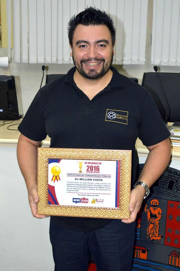 DJ WILLIAM COSTA recebe premio como melhor do ano de 2016!