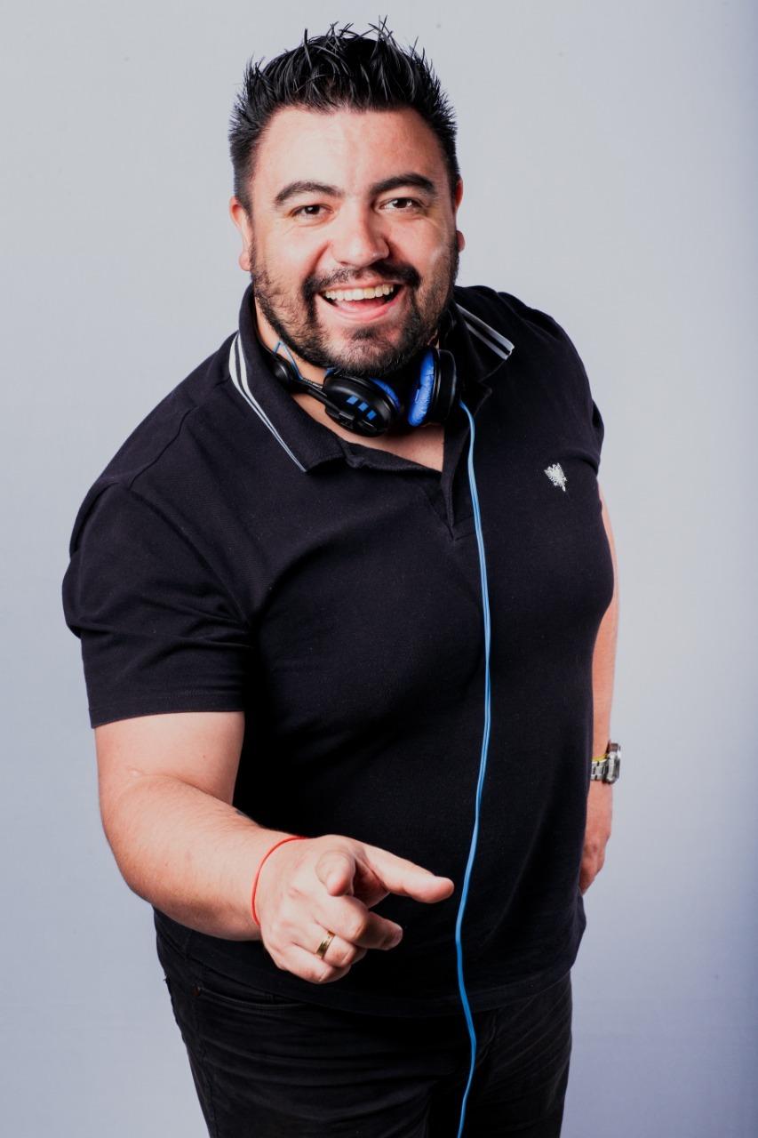 Sobre DJ William Costa - Casamentos, Debutantes e eventos em geral!