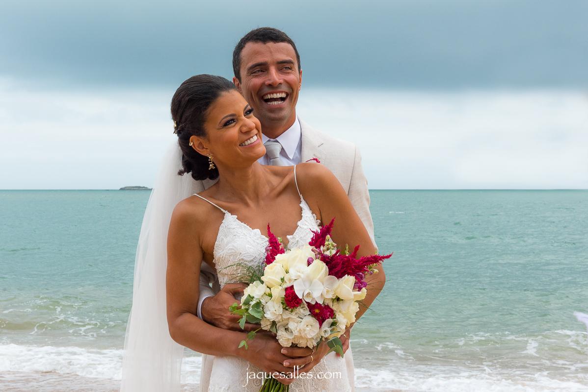 Imagem capa - Como Contratar um Fotógrafo para o meu Casamento? por Jaque Salles