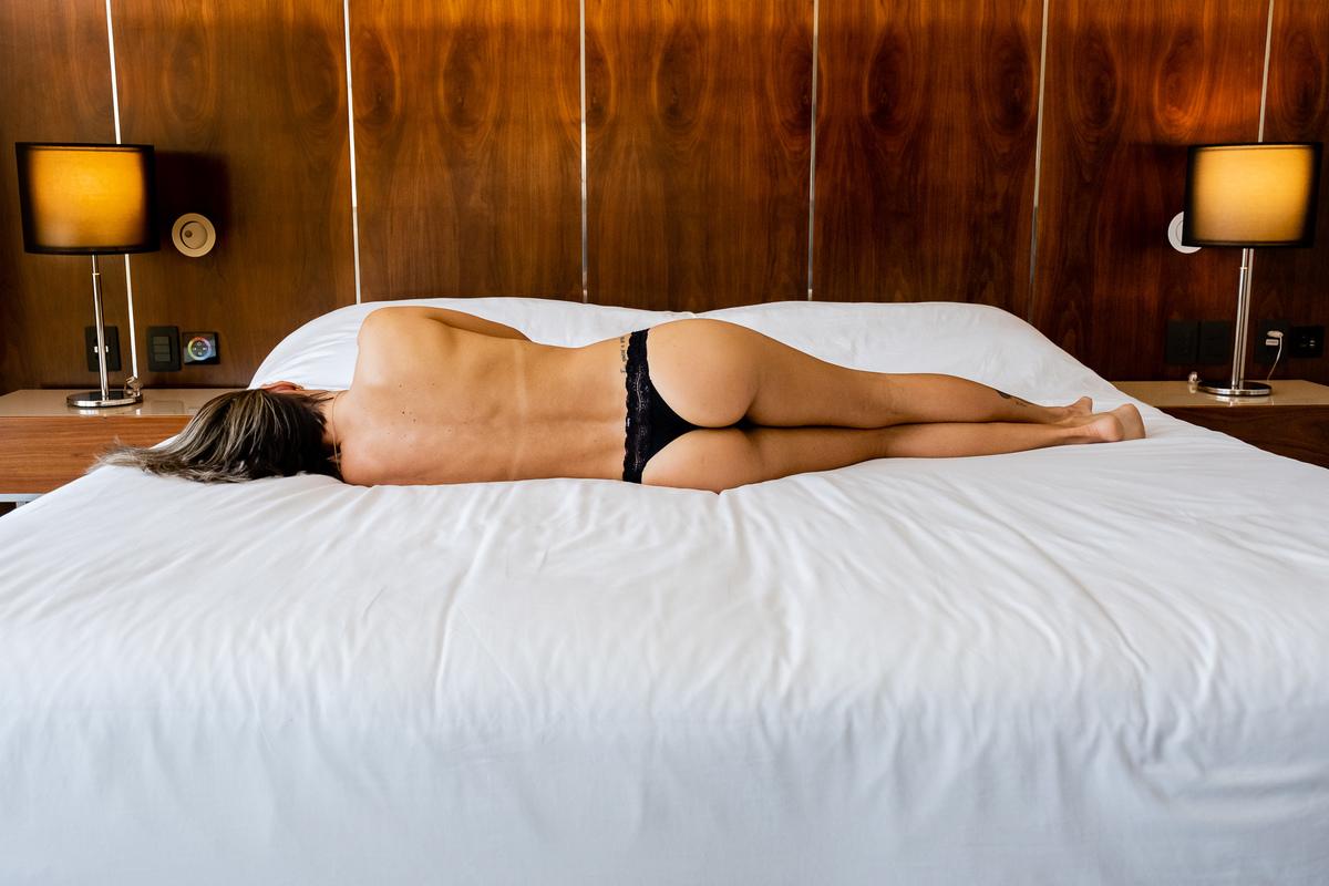 Imagem capa - Ensaio Sensual Feminino Boudoir RJ | Principais dúvidas por Jaque Salles