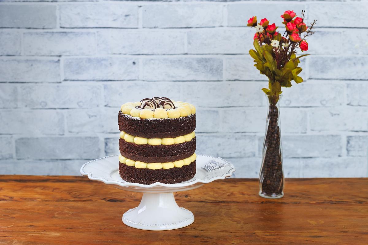 food gastronomia cake macaé Eduardo Zavarize fotógrafo flores bolos naked chocolate madeira design ferrero aniversário cenoura