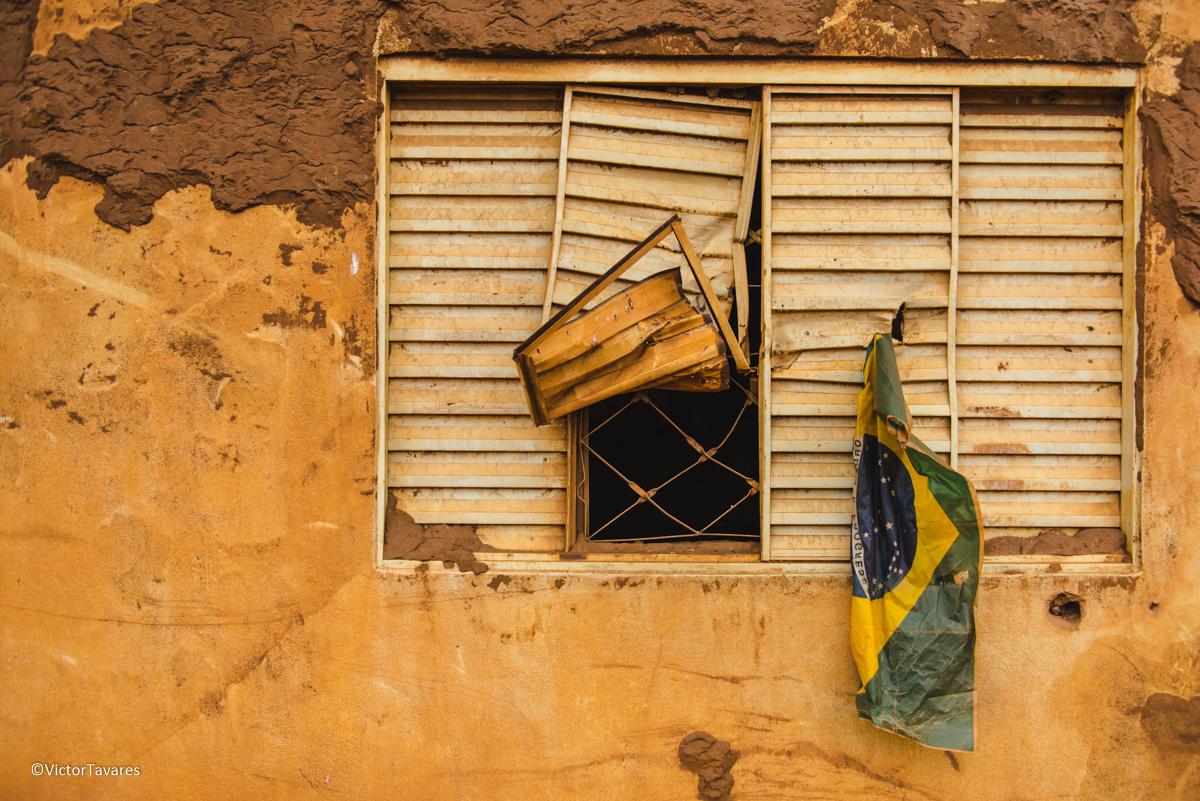 Imagem capa - Do Caos a Lama - Nosso olhar sobre a maior tragédia ambiental do país por Claudia e Victor Fotografias