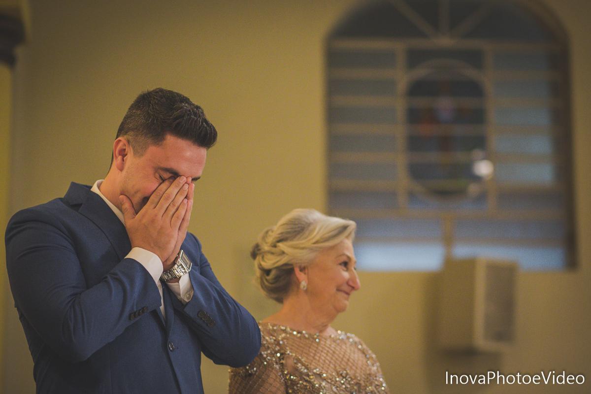 Jean Guilherme, Inova photo e video, o melhor fotografo, casamento, Igreja Matriz de Biguaçu, noivo