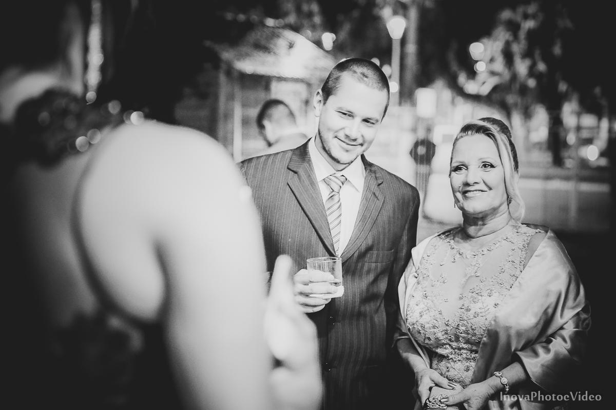 wedding-Renato-Fabricia-casamento-matriz-Biguaçu-SC-inova-photo-video-cerimonia-chegada-pais-padrinhos