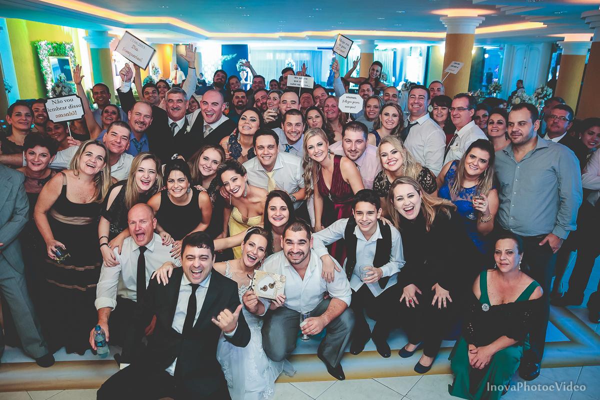 wedding-Renato-Fabricia-casamento-matriz-Biguaçu-SC-inova-photo-video-recepcao--foto-retrato-grupo-convidados-fotógrafos-Dj-videomakers-padrinhos-pista