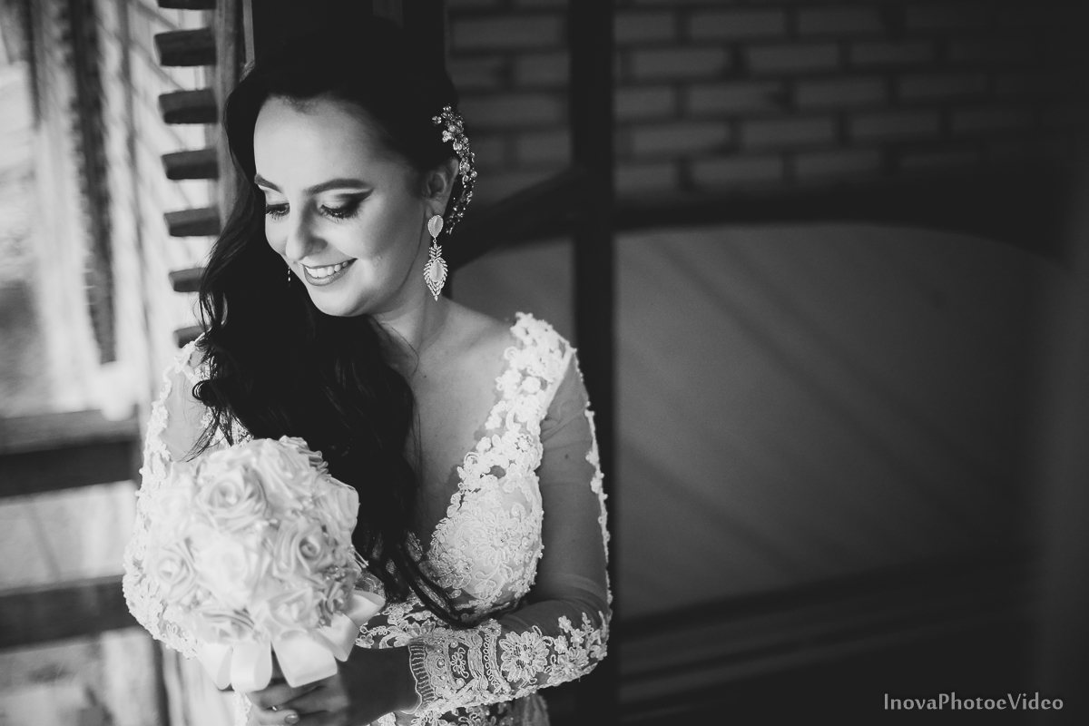 wedding-casamento-Rubnei-Leonara-Sitio-das-Figueiras-Biguaçu-SC-noivos-casados-campo-casa-inova-photo-video-making-of-noiva-retrato