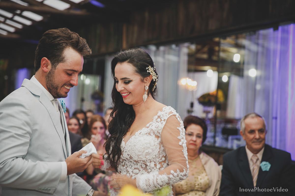 wedding-casamento-Rubnei-Leonara-Sitio-das-Figueiras-Biguaçu-SC-noivos-casados-campo-casa-inova-photo-video-cerimonia-votos