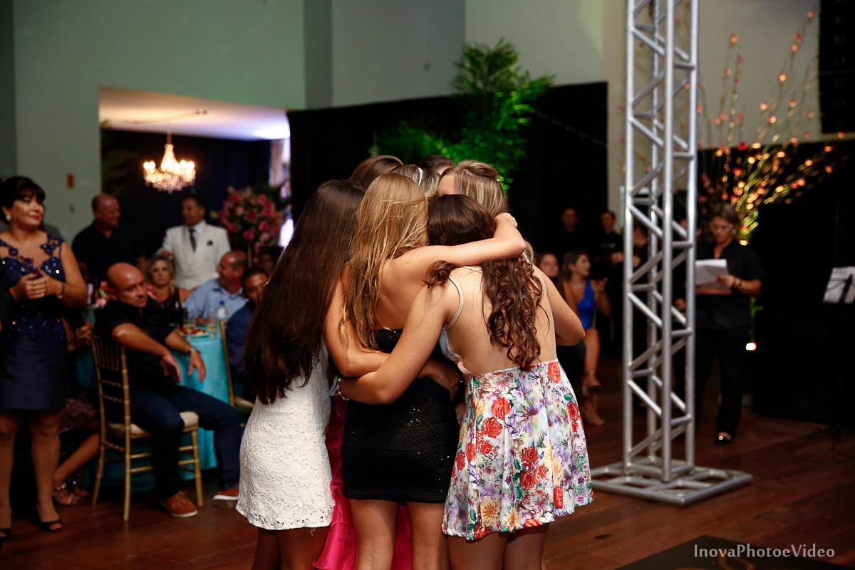 Festa-de-15-anos-Larissa-Mendes-Primeiro-de-Junho-Sao-Jose-SC-Douglas-e-Luciano-Dj-Eduardo-Isaac-teen-Debutante-Inova-Photo-Video-Fotografia-Beleza-moda-recepcao-emocao