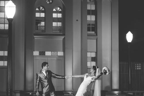 Contate Mayckon Israel Gonçalves. Itajaí . Casamento . Evento . cerimonial. foto. fotografo. fotografia . voucasar . noiva.noivo. vestido bolo. casa. album