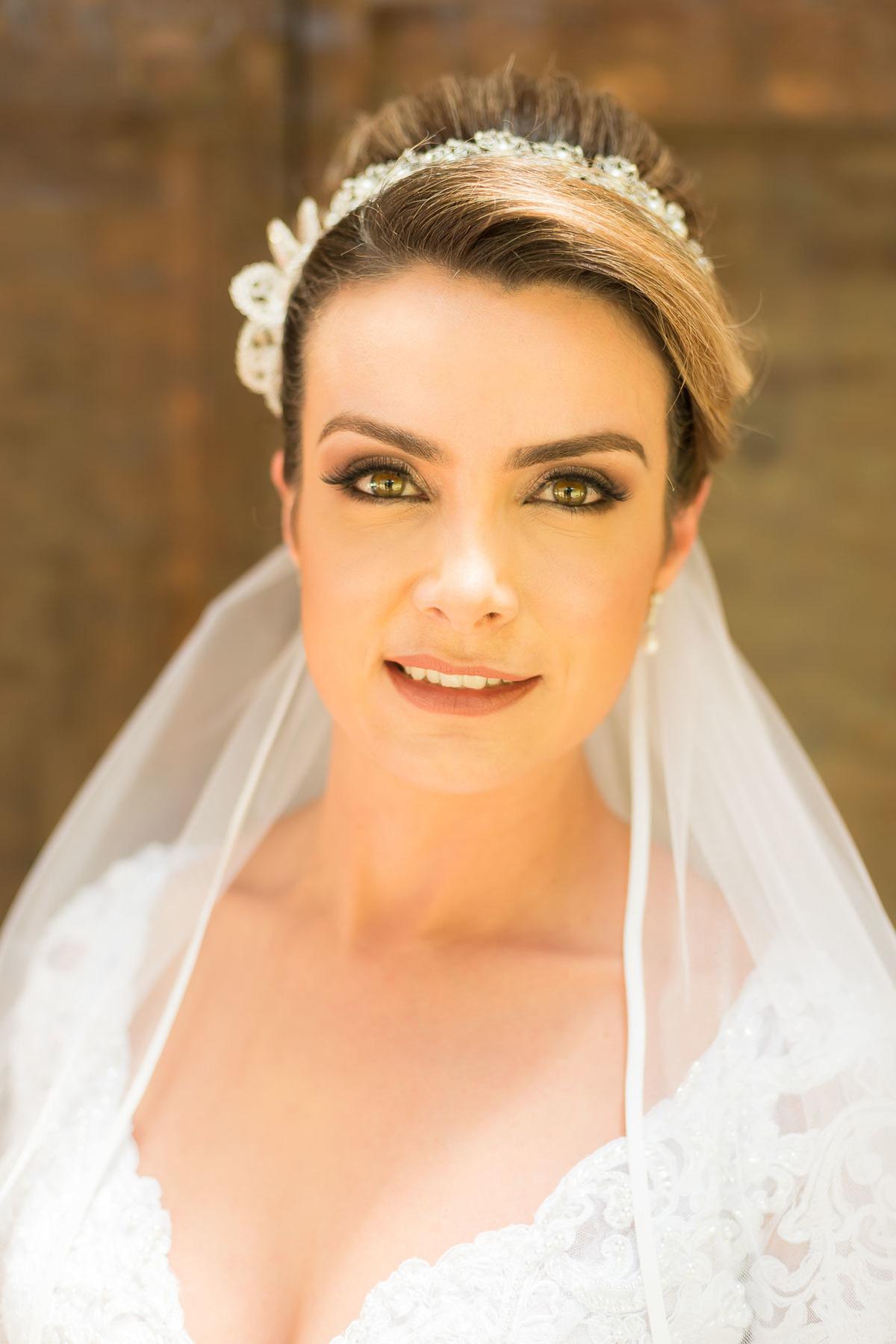 retrato da noiva pronta casamento no sitio São Francisco em Juquitiba  - fotografado por Max Nogueira
