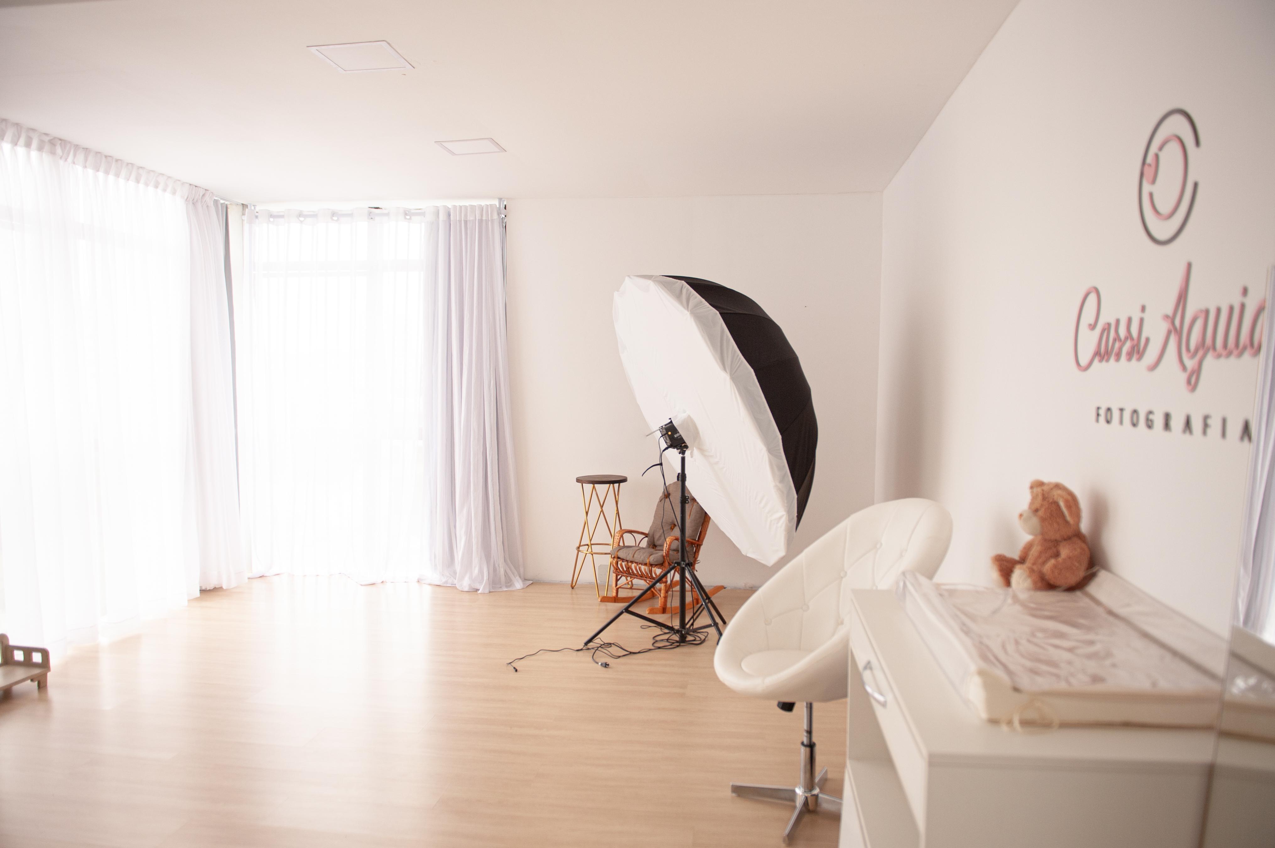 Contate www.cassiaguiar.com.br