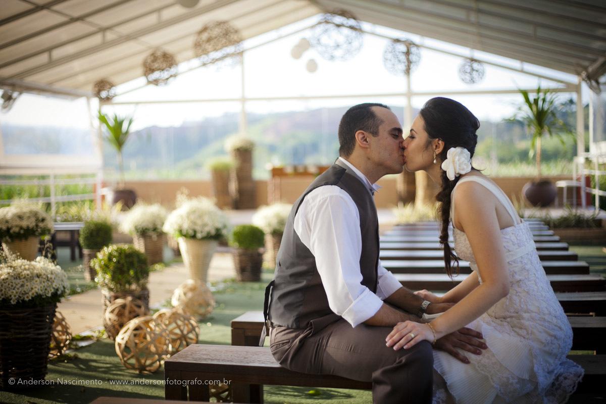 Imagem capa - Casamento no Buffet Portal da Serra Eventos - Santa Isabel - SP por Anderson Nascimento