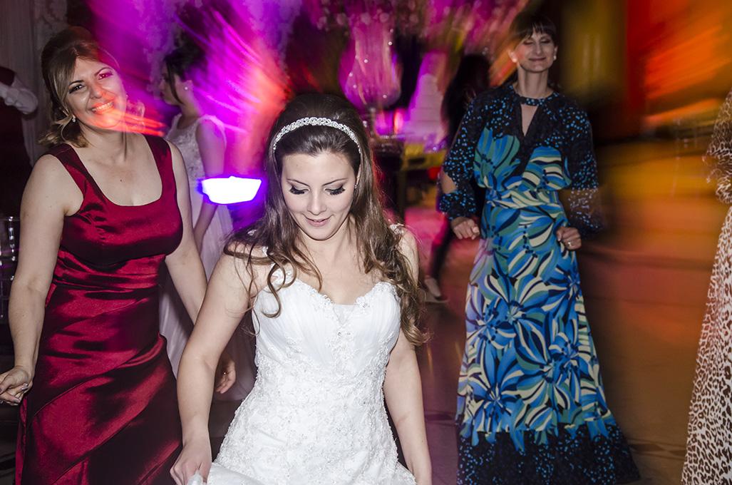 Imagem capa -  Coreografia para arrasar na dança do casamento por FOTOSF3 | Frans Rodrigues