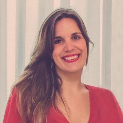 Sobre Marina Oliveira Fotografia