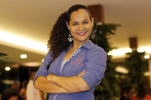 Sobre Lu Nogueira - Fotografia de Casamento, Gestante, Debutante e Família na Bahia