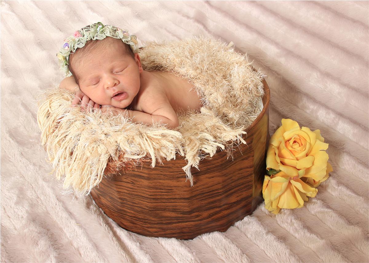 Imagem capa - Newborn -  Uma técnica para tirar fotos de recém-nascido por Focal Foto e Vídeo