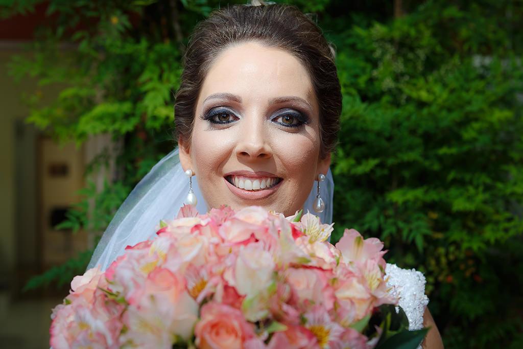 Imagem capa - E-Book - Escolhendo o Fotógrafo do Seu Casamento por Vinicius Vogel