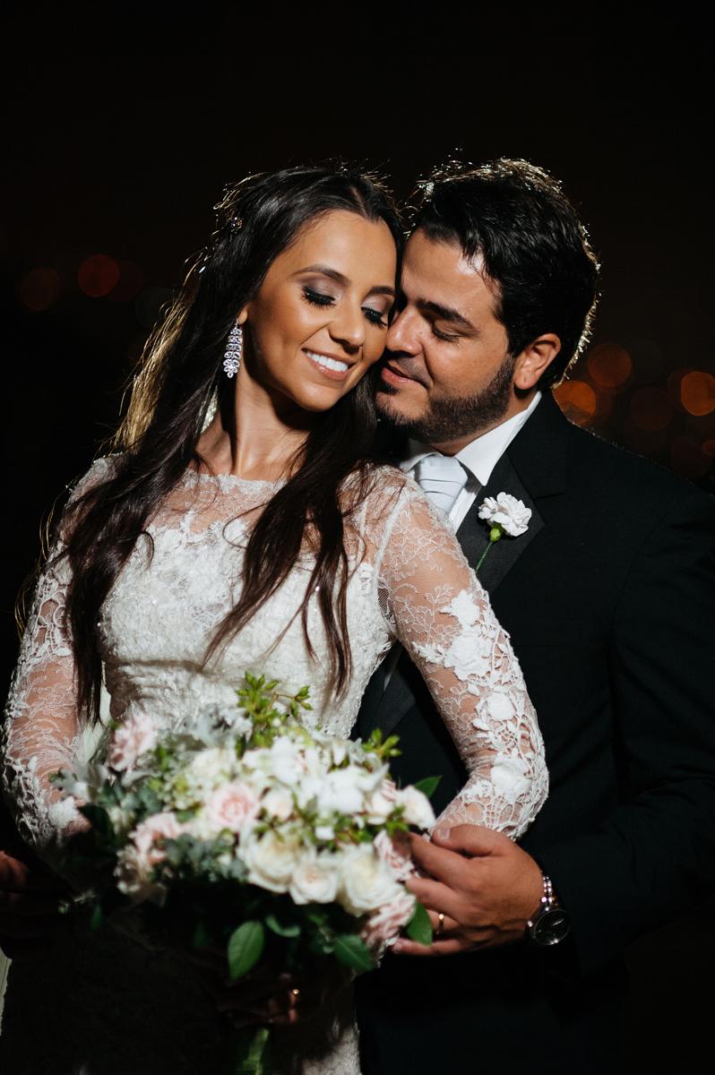 Intimidade dos noivos revelada