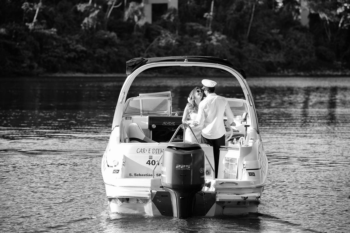 Noiva foge com marinheiro