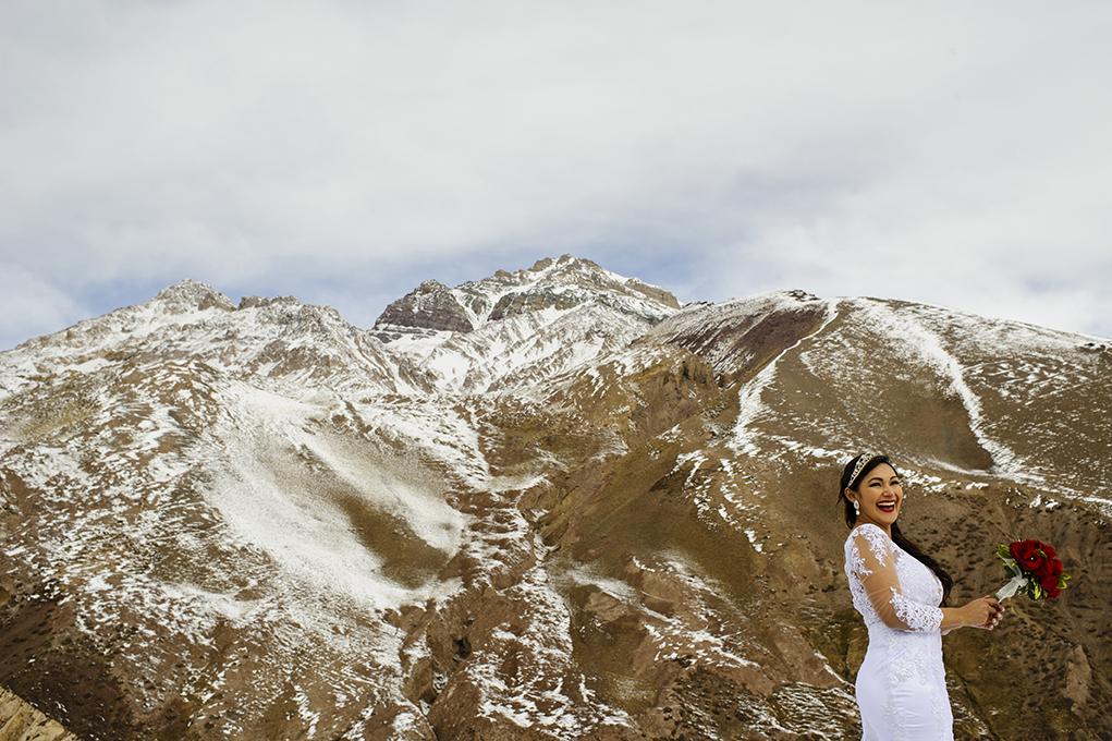 descontração da noiva no frio