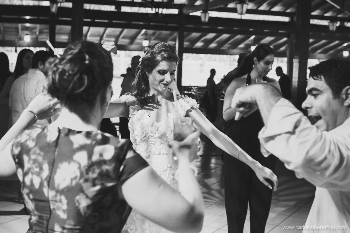 dança do noivo