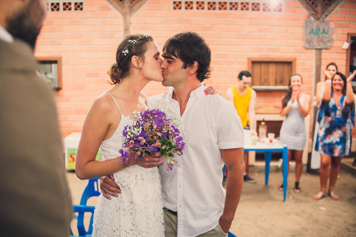 casamento na praia de bombas