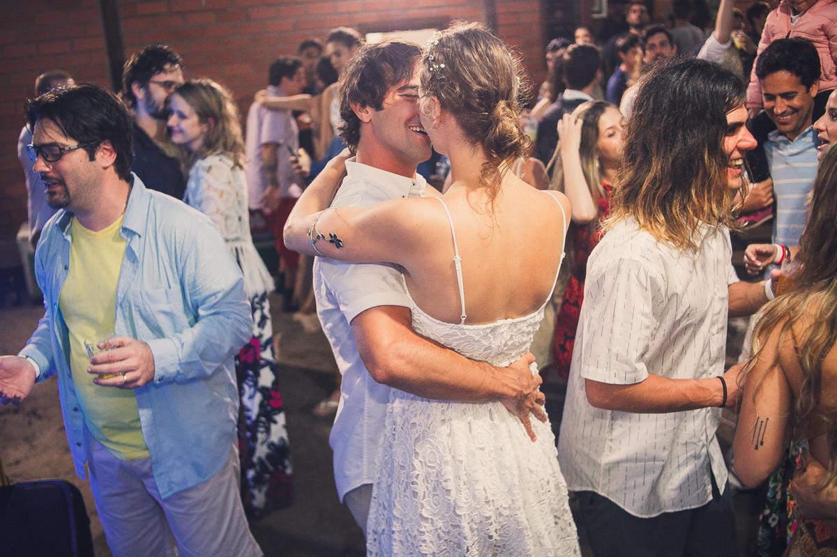 noivas a dancar