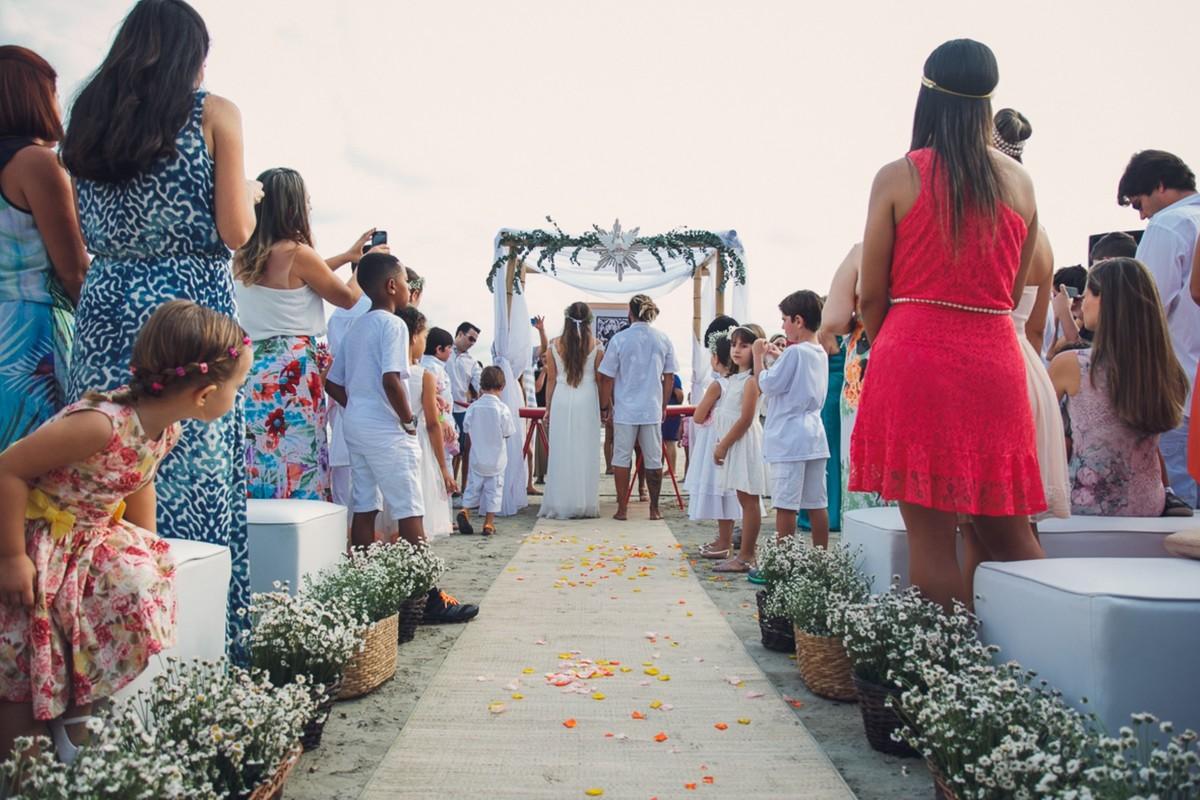 Imagem capa - Eu ouvi casamento na praia? por Carlos Alberto de Lima